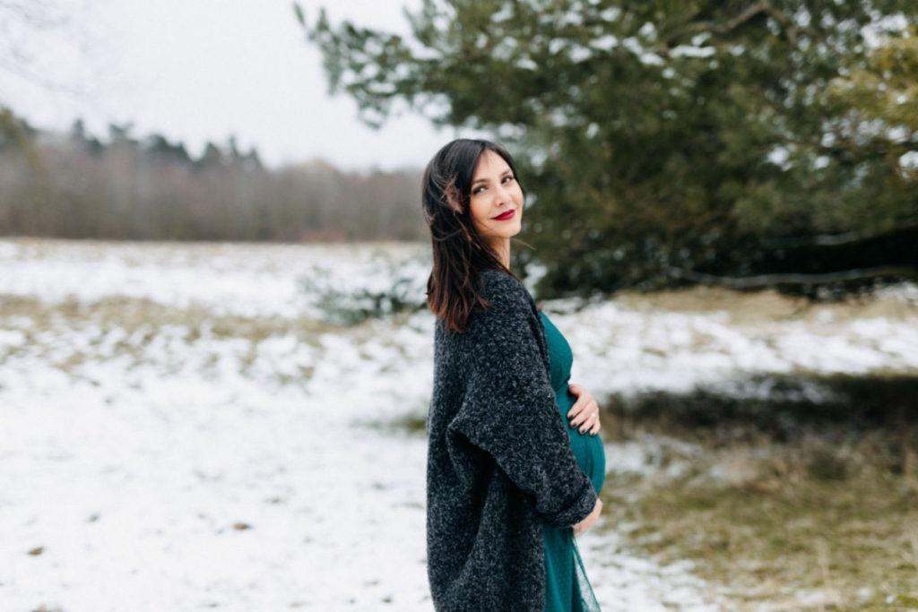 Babybauchshooting im Winter