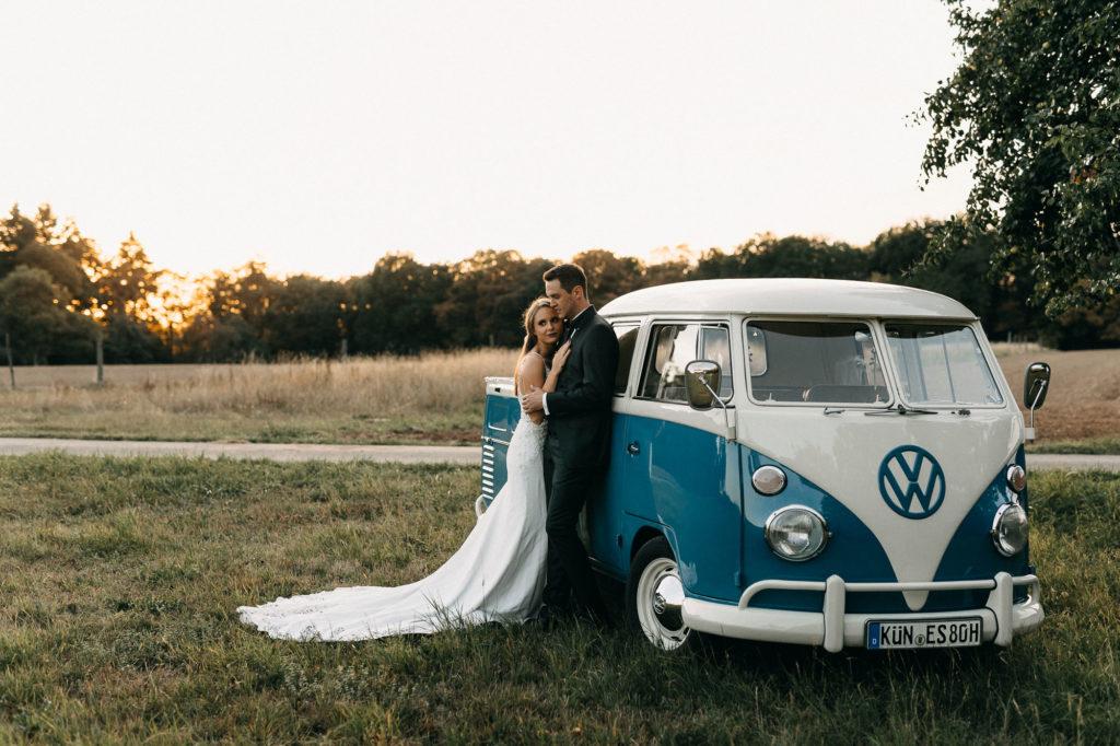 After Wedding Shooting bei Sonnenuntergang